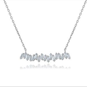 Jewelry - Baguette bar necklace